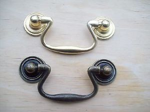 ANTIQUE BRASS DRAWER CUPBOARD CABINET DROP PULL HANDLES